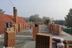 Kompletní rekonstrukce domu s novou výstavbou podkroví - Mažice